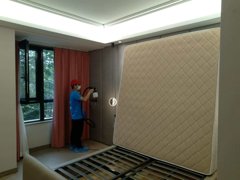 新房除甲醛墙壁喷涂