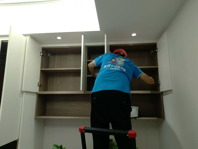 新房除甲醛柜子重点处理