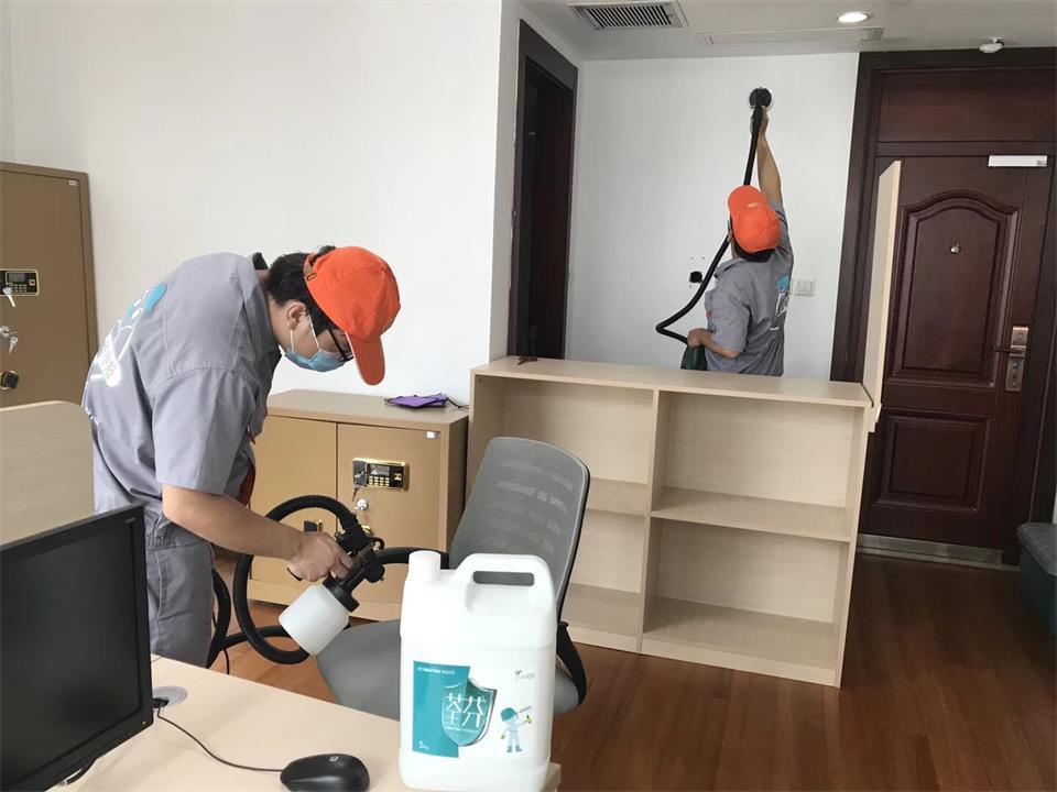 柜子桌椅全方位喷涂施工治理